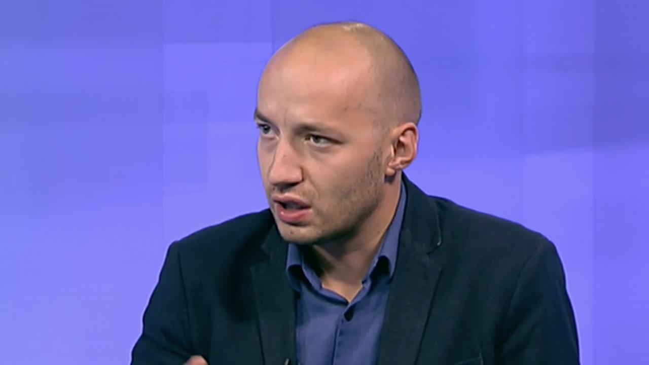Политолог: Кандидатурата на Невяна Митева е заигравка с Румен Радев