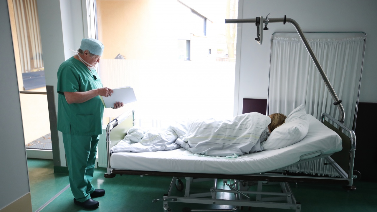 16-годишна е с черепно-мозъчна травма след тежкото ПТП с мотористи в Стара Загора