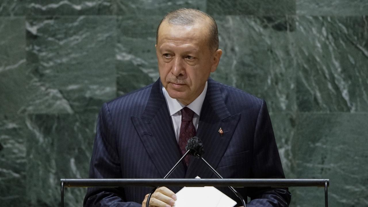 US медия: Тежка болест отказва Ердоган от президентския пост?