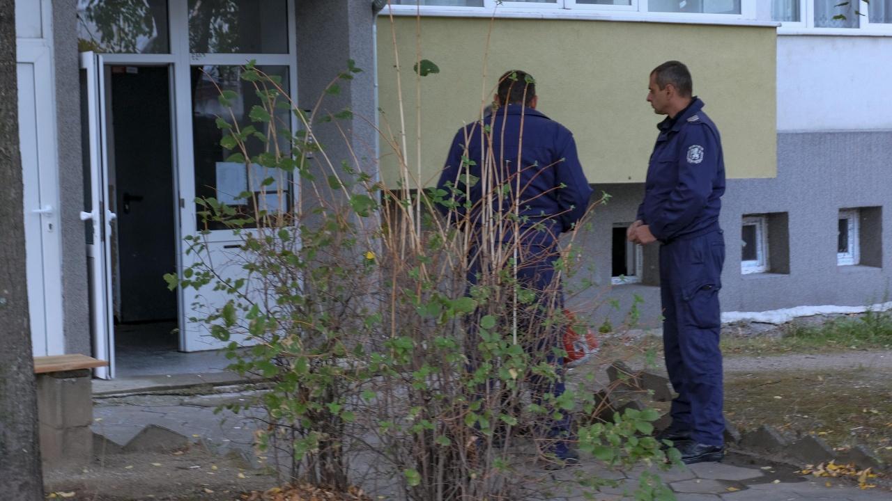 Какво е отключило гнева на студента, убил родителите си в Благоевград?