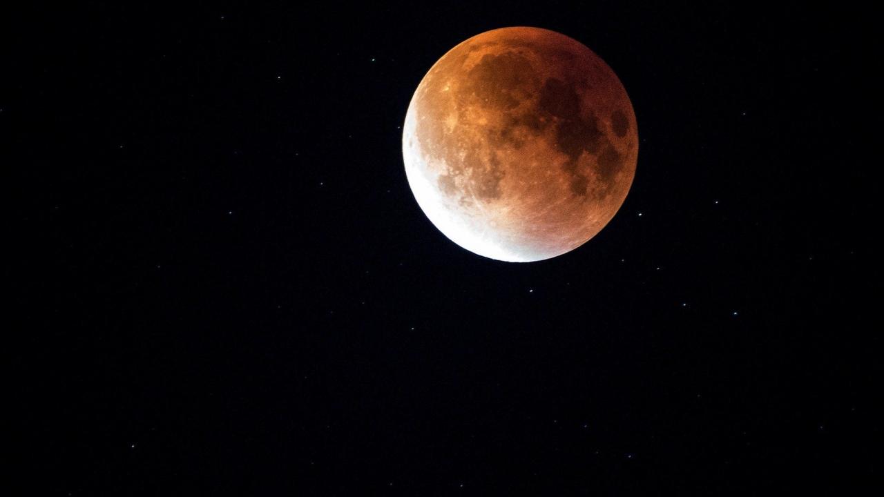 Новата Луна във Везни внася баланс в живота ни
