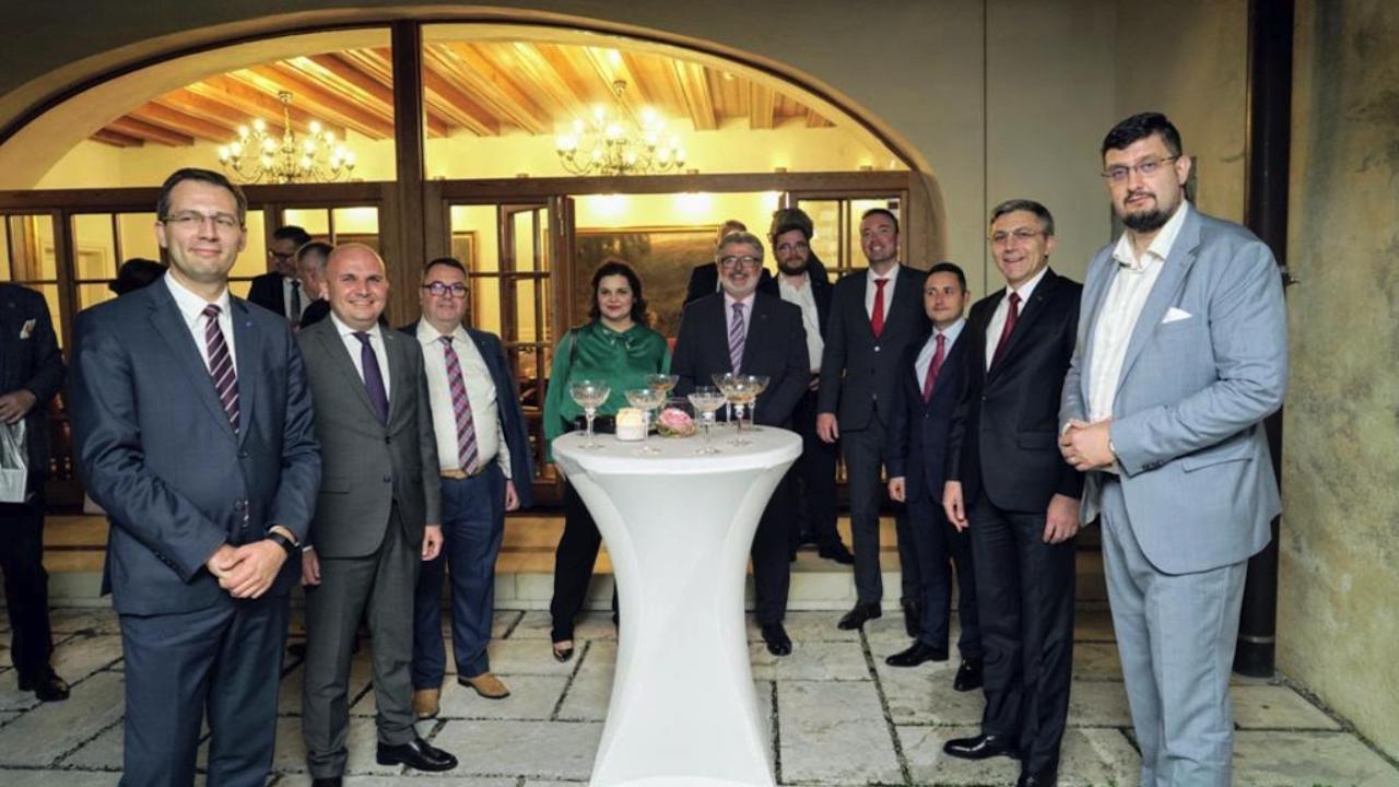 Карадайъ от Любляна: Всички балкански държави трябва да бъдат членове на НАТО и ЕС