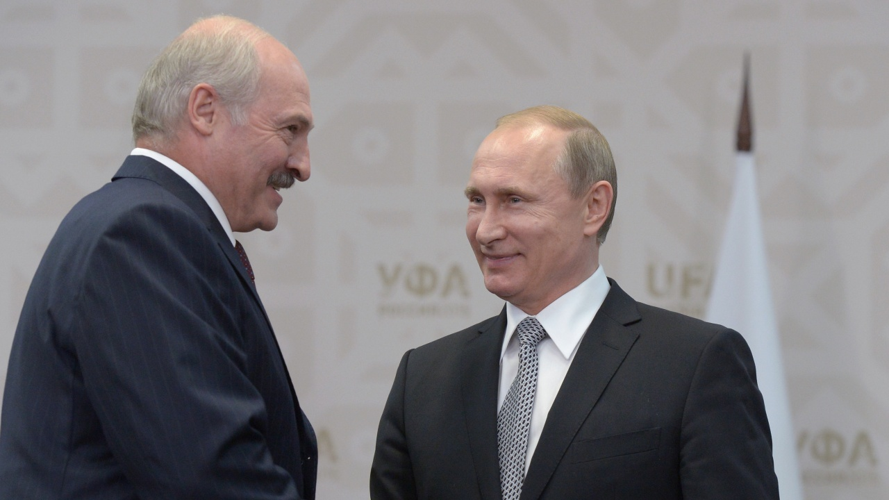 Александър Лукашенко към Владимир Путин: Желая ви крепко здраве