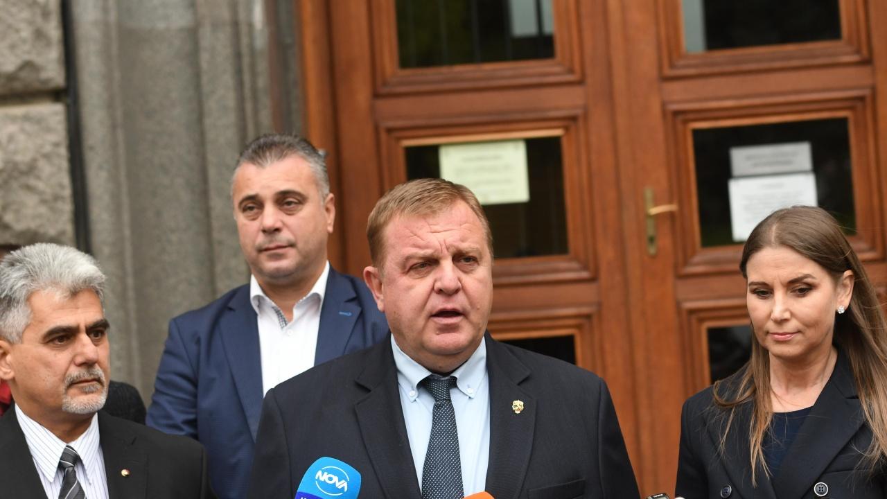 Кандидатпрезидентската двойка на ВМРО влиза в битката със заявка да са гаранция за държавния суверенитет
