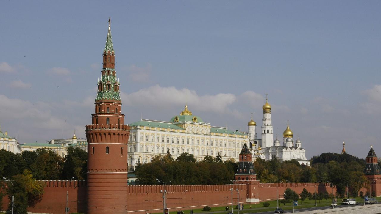 Москва реагира остро, след като НАТО изгони руски дипломати, заподозрени в шпионаж