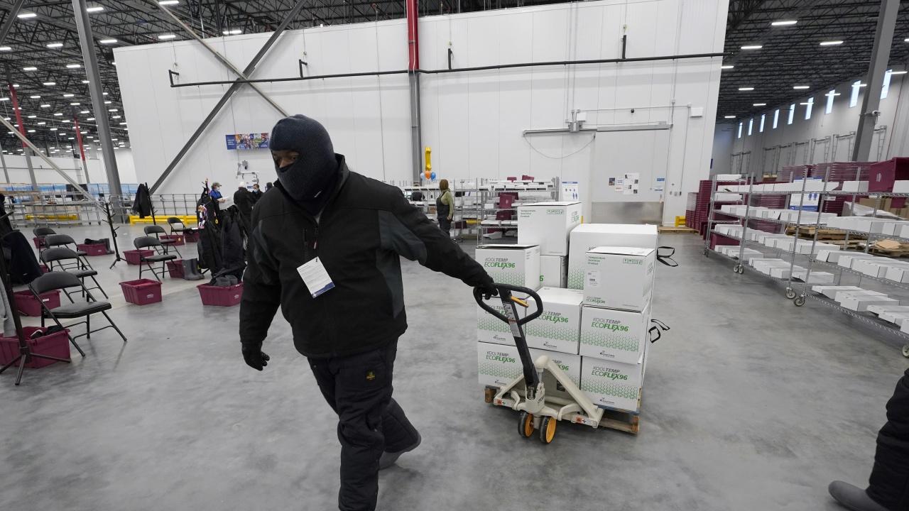 СЗО е започнала да прави първи медицински доставки за Северна Корея, свързани с COVID