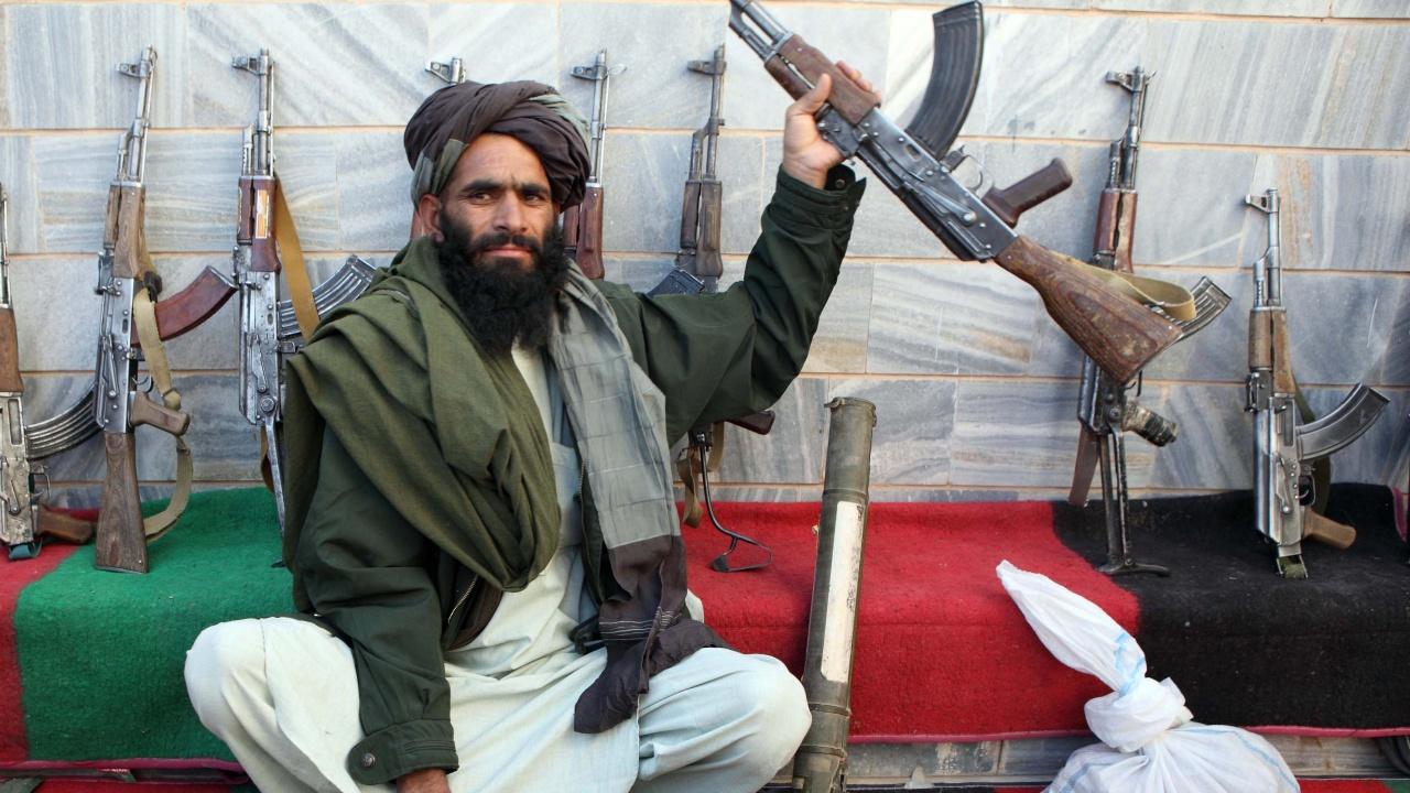 Талибаните в Афганистан: ИД не е заплаха, а главоболие