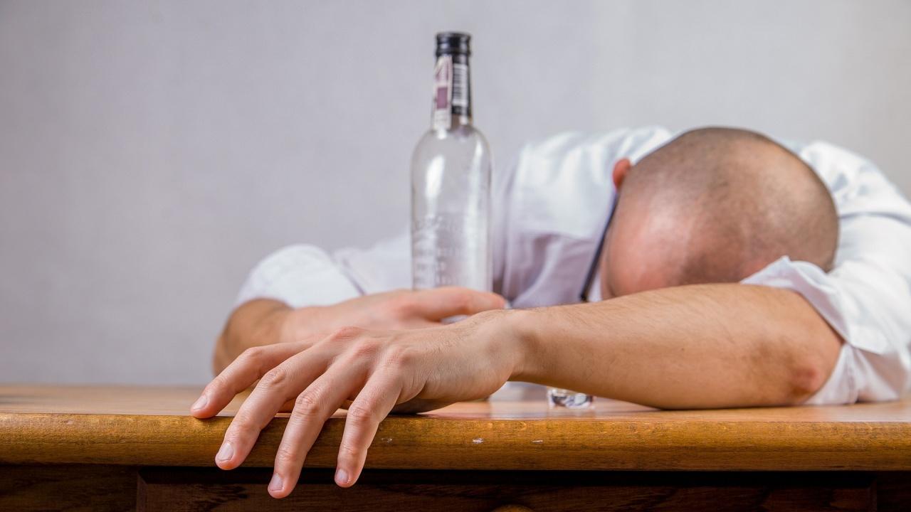 14 души са починали в Русия от отравяне с алкохол