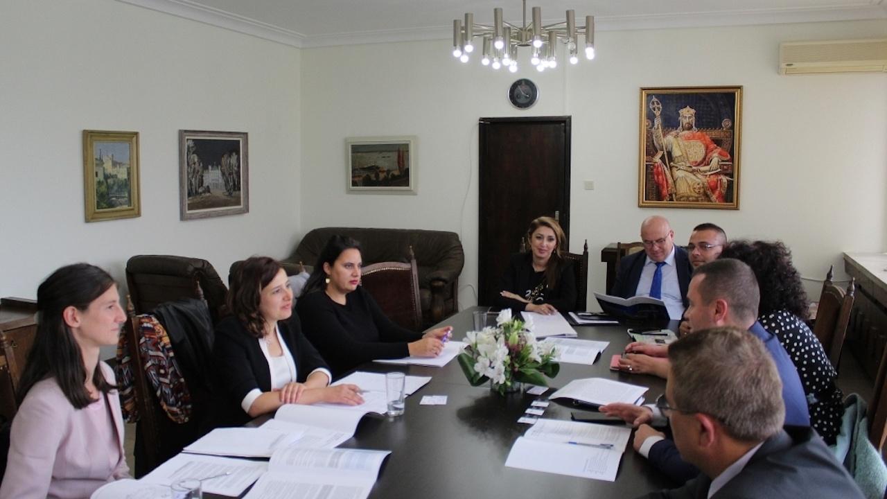 Кметската управа в Русе е готова да въведе стандарта за отчетност и интегритет на местната власт
