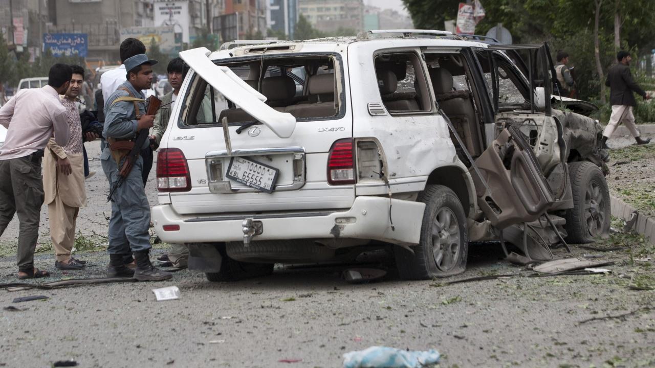Взрив джамия в Северен Афганистан. Най-малко 50  жертви и много  ранени