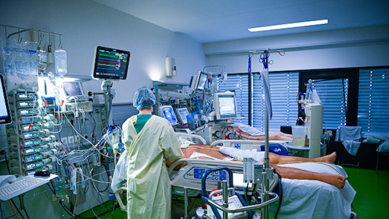 Свършват COVID леглата в болниците в Благоевградско