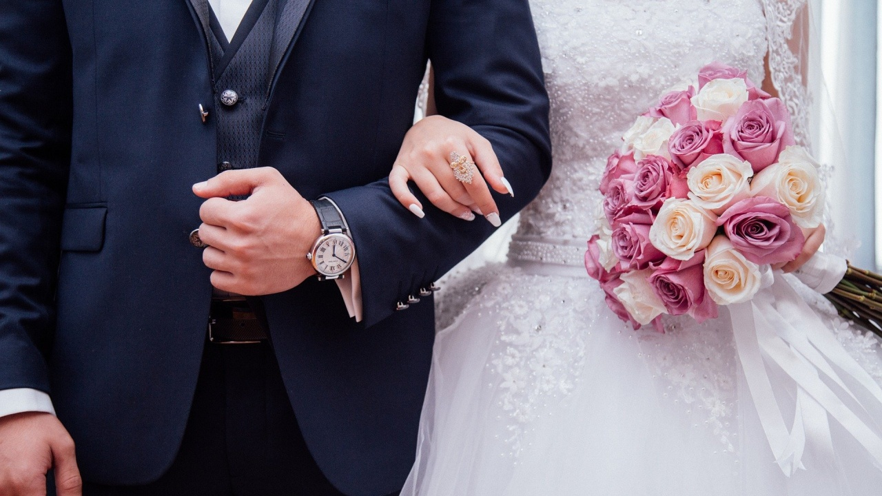 Заради висока заболеваемост от COVID-19 в област Монтана се спират сватбите и семинарите