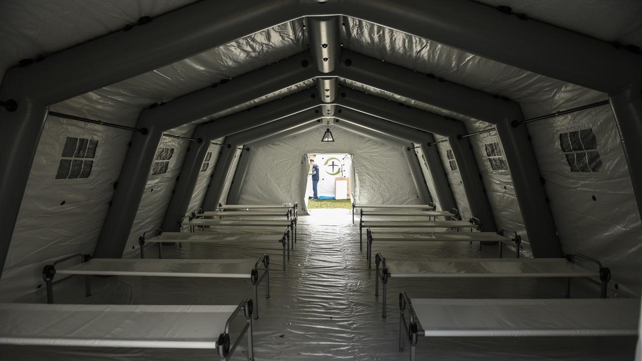 Отвориха полеви болници в Румъния заради COVID-19