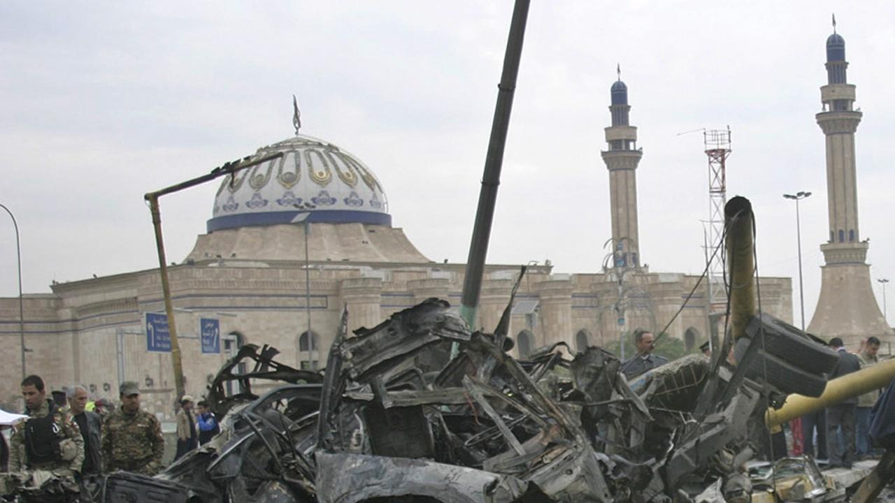"""""""Ислямска държава"""" пое отговорност за кървавия атентат срещу шиитска джамия в Афганистан"""