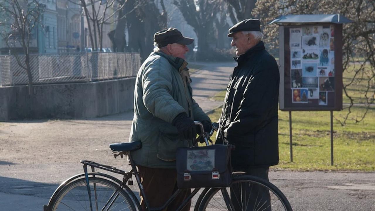 Новите пенсионери правят критично положението у нас