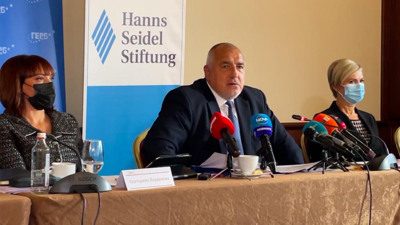 Борисов с нови критики към служебното правителство и Радев