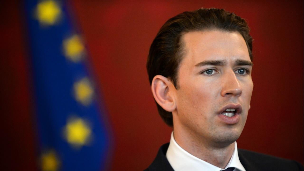 Австрийският канцлер Себастиан Курц обяви, че подава оставка
