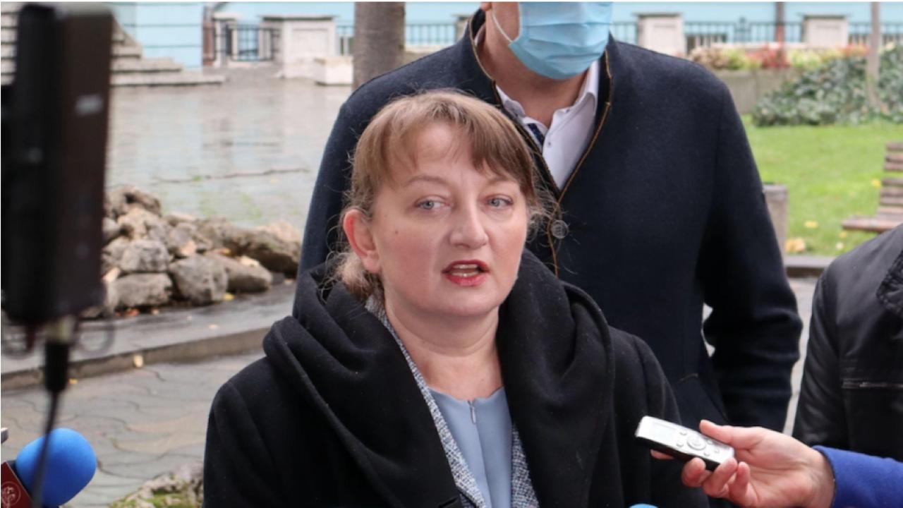 Сачева: Наш фейсбук активист бе привикан на разпит заради публикации, това е репресия