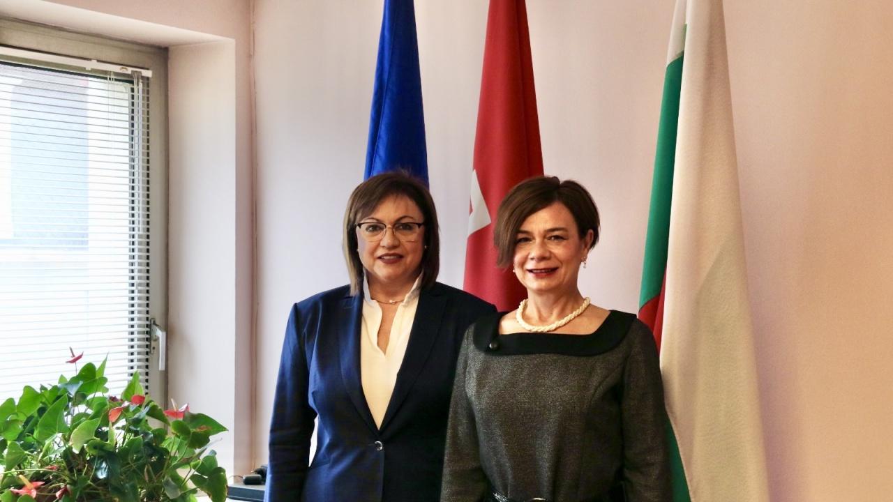 Корнелия Нинова се срещна с турския посланик
