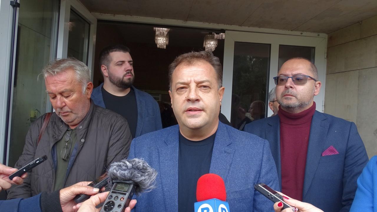 Коалиция ГЕРБ-СДС регистрира листата си във Велико Търново и Пазарджик