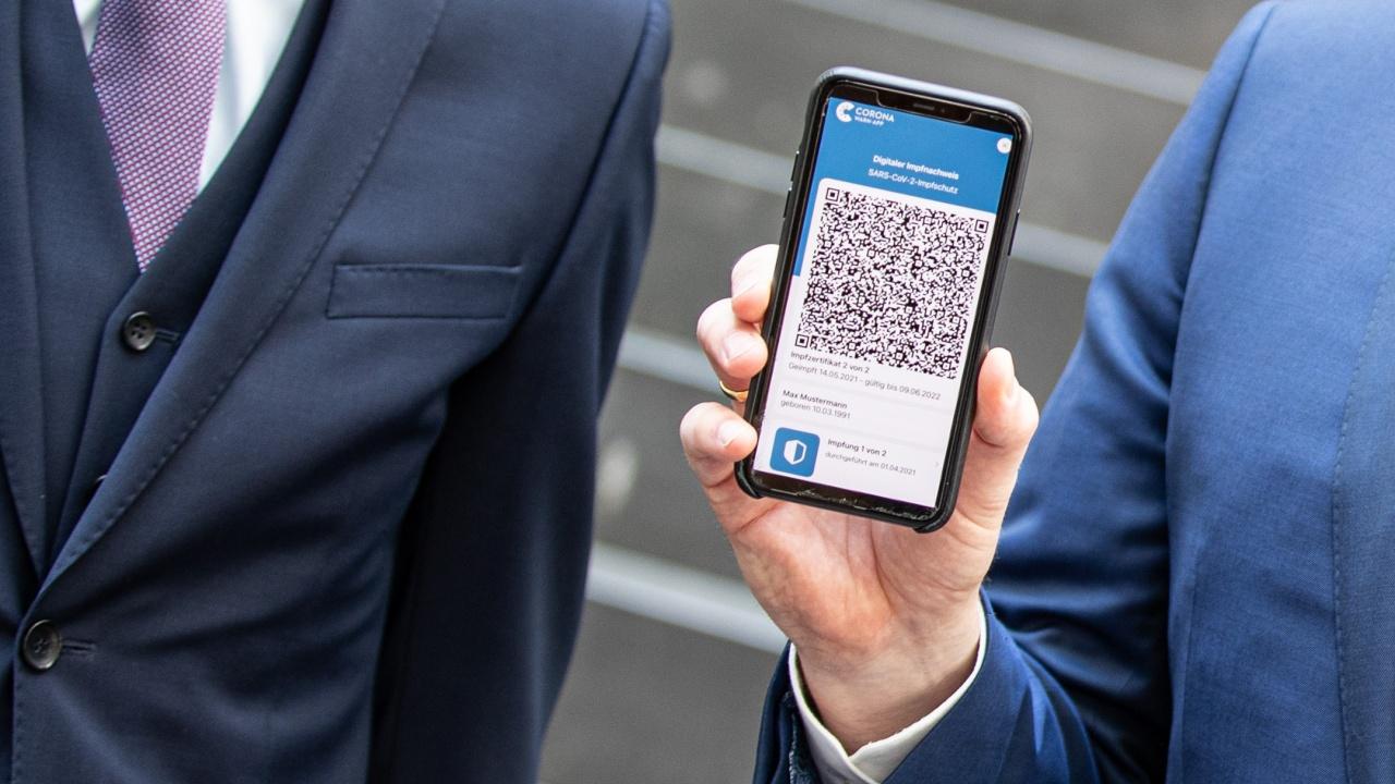 Брюксел разширява приложението на COVID сертификатите