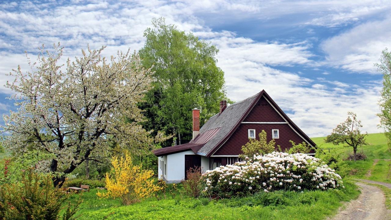 Босненец построи въртяща се къща, защото съпругата му искала разнообразна гледка