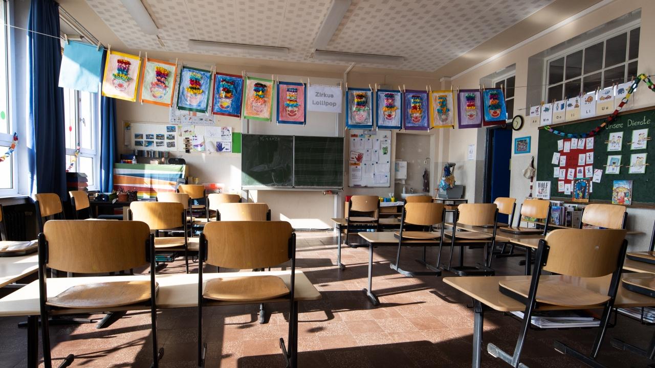 Започва ротация на учениците в Сливенска област
