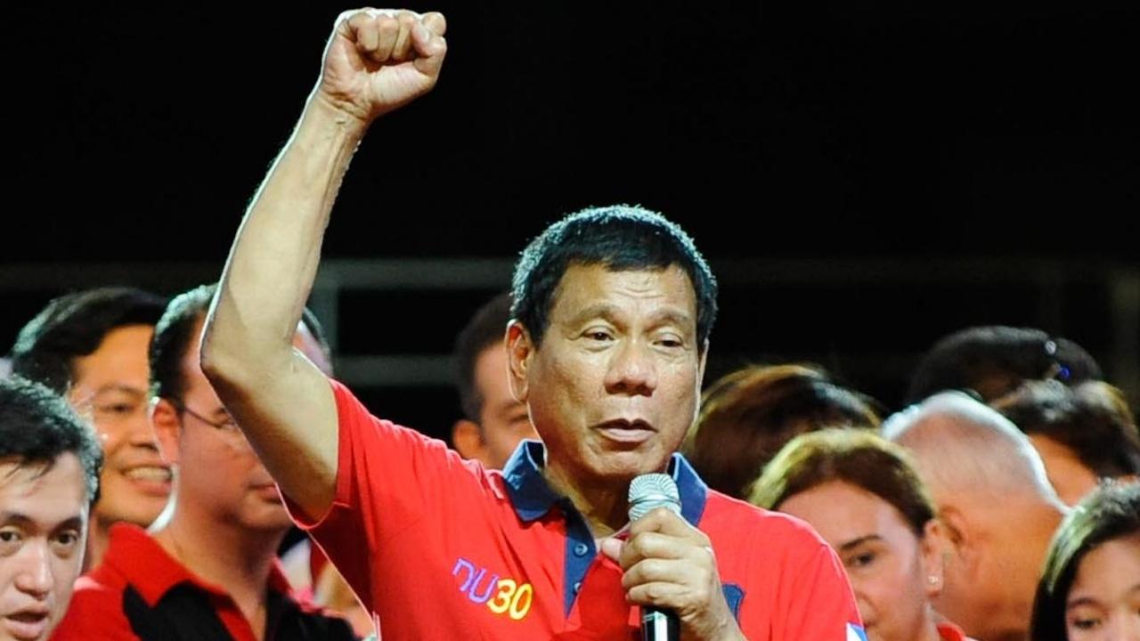 Президентът на Филипините предложи начин за борба срещу антиваксърите