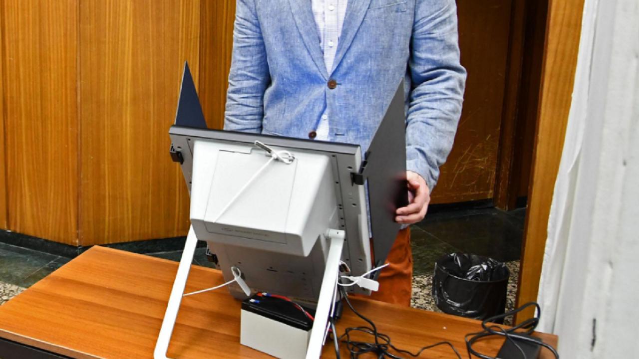 Най-младият кандидат за депутат в Разградско е на 25 години, а най-възрастният - на 79