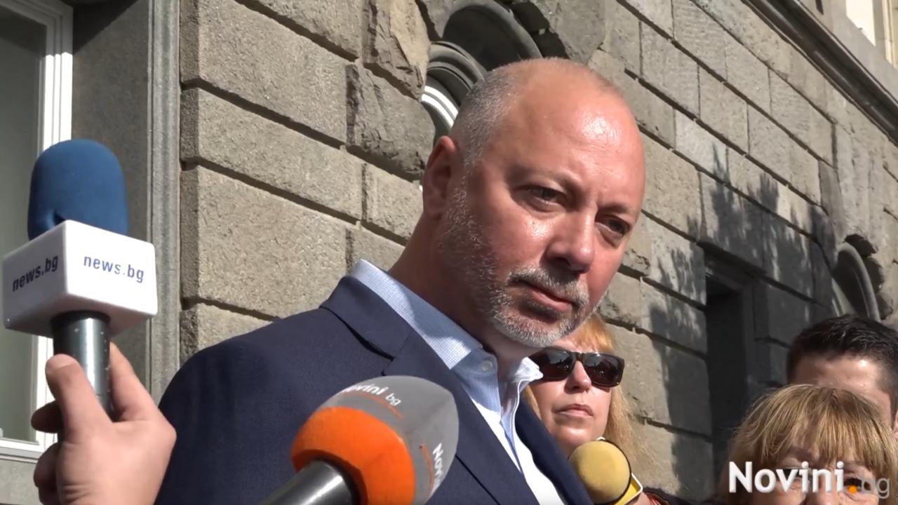 Първи реакции след номерата в бюлетините: Борисов ще бъде депутат, а ГЕРБ и ДПС реставрират статуквото