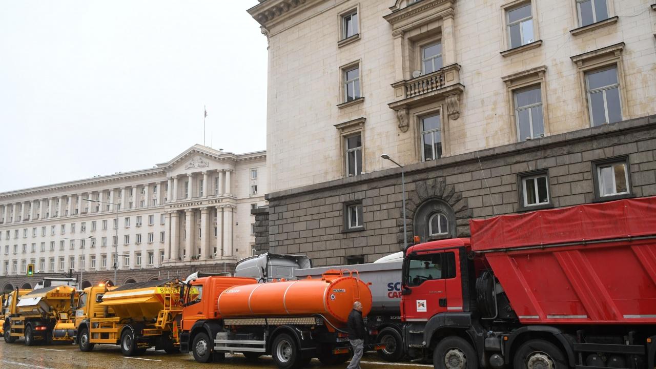 Водачите на камионите, които протестираха в София, бяха привикани в районните управления