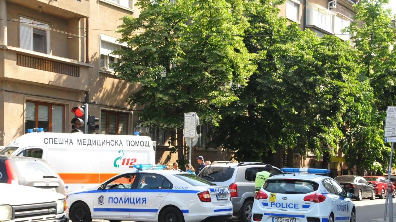 Кола премаза дете и жена на пешеходна пътека в Бургас
