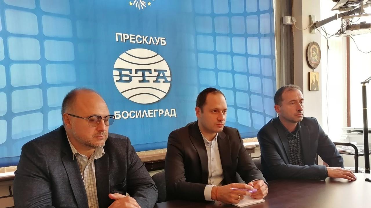 Българският евродепутат Петър Витанов посети Босилеград