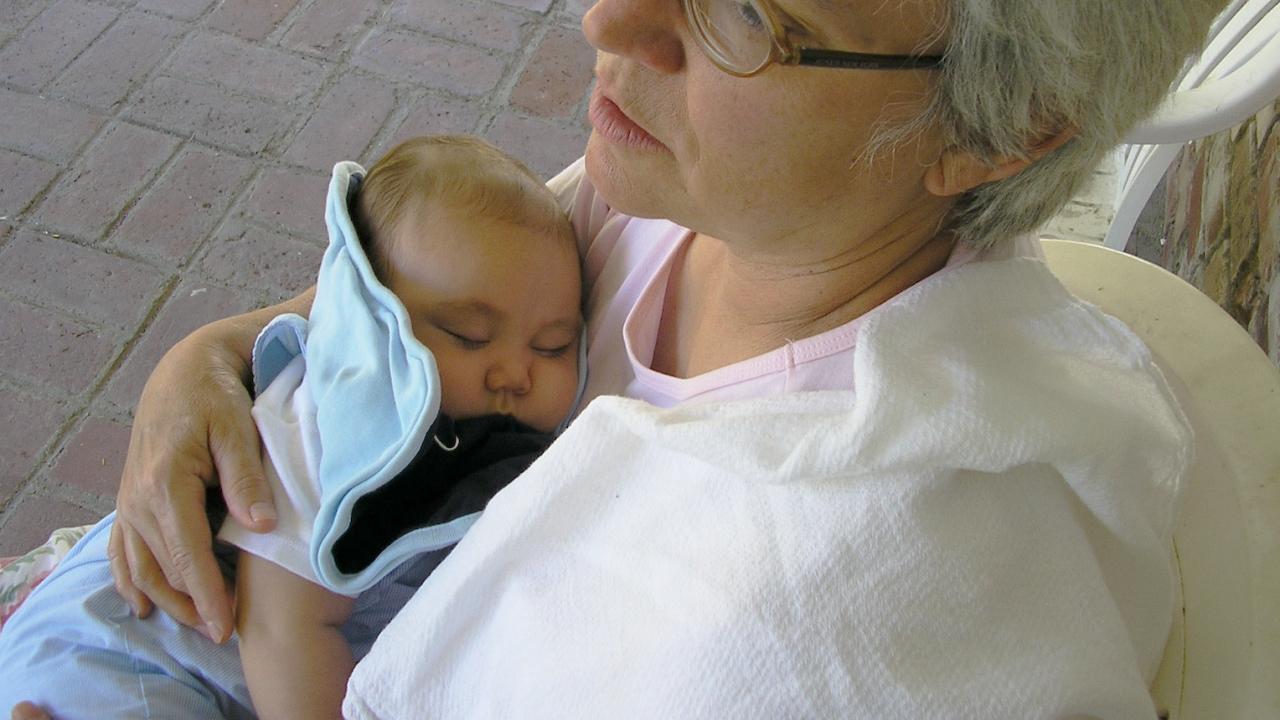Баба обяви внучето си за отвлечено, не помни, че бащата го е взел