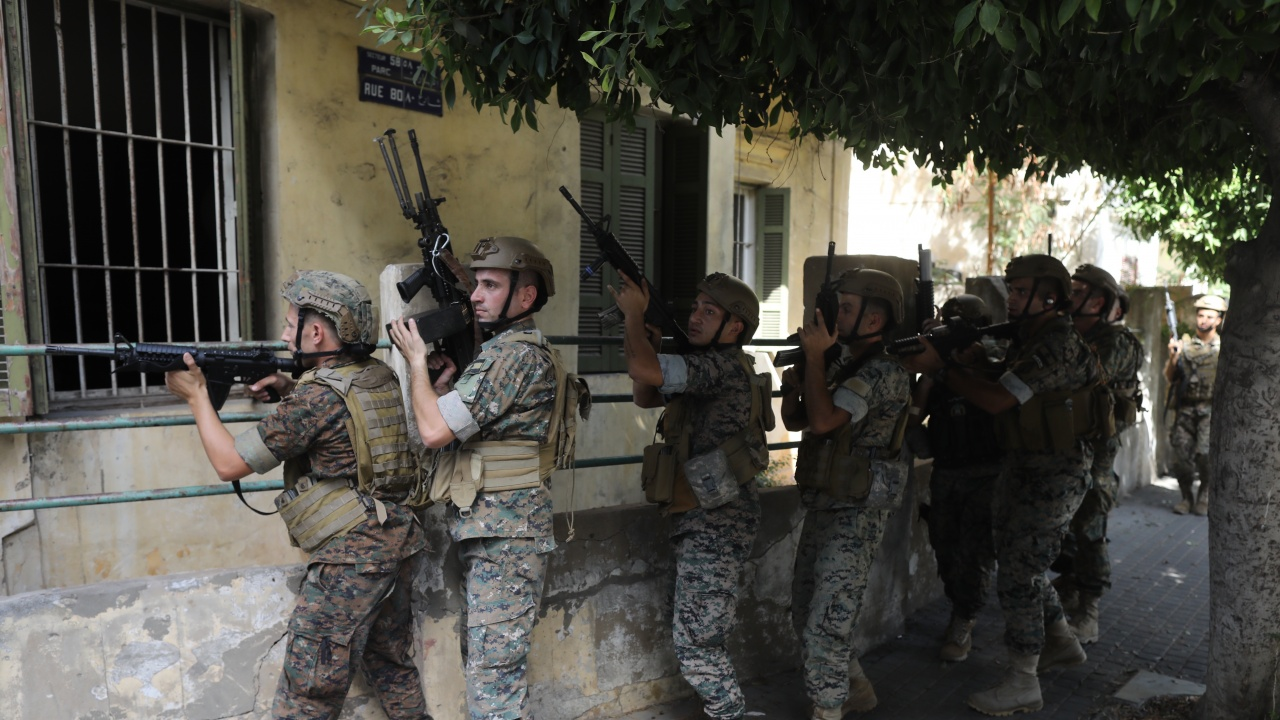 Медия:  Спомените от ливанската гражданска война се върнаха в Бейрут