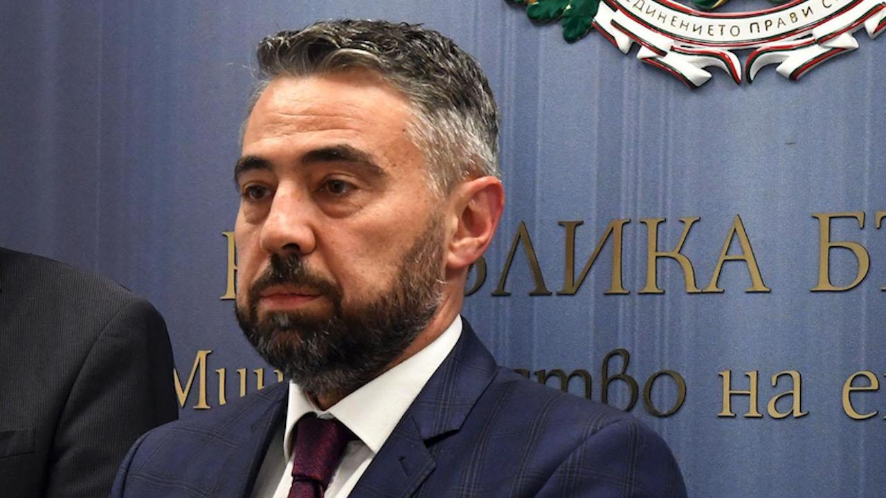 """Енергийният министър коментира акцията на ДАНС в """"Марица Изток 2"""" и""""Мини Марица-изток"""""""