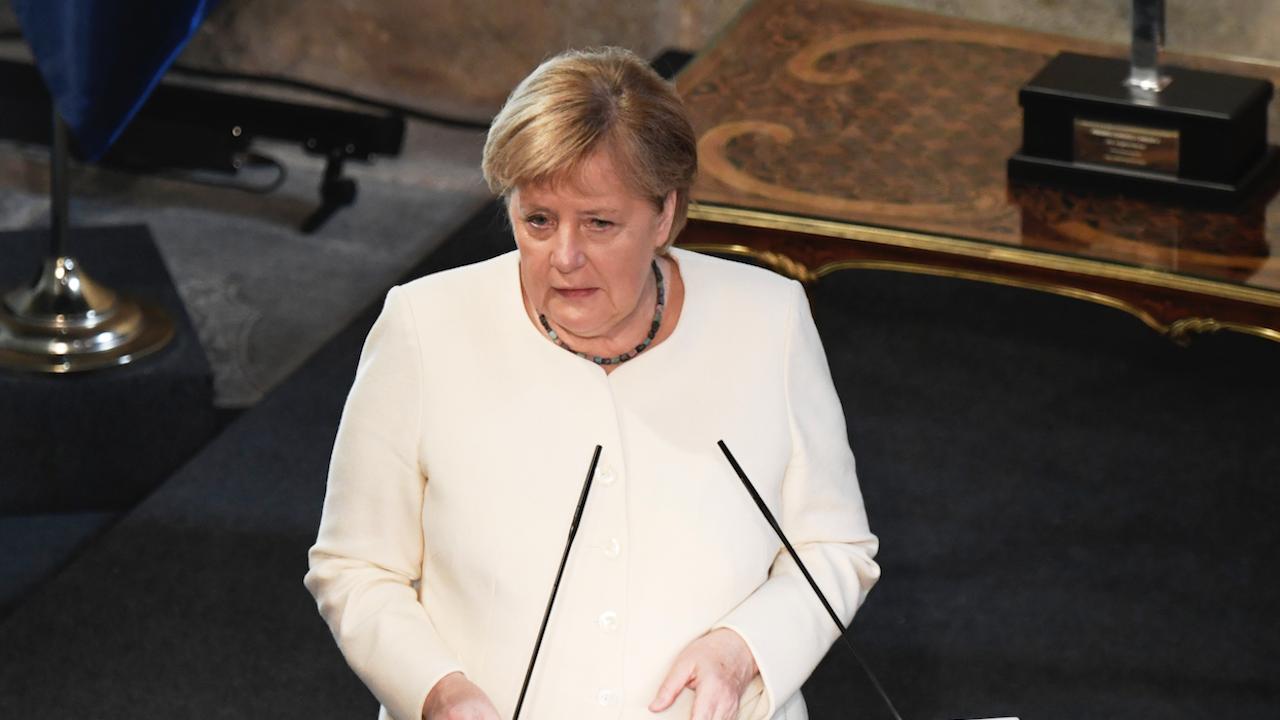Меркел: ЕС трябва да урежда различията чрез диалог, а не в съда