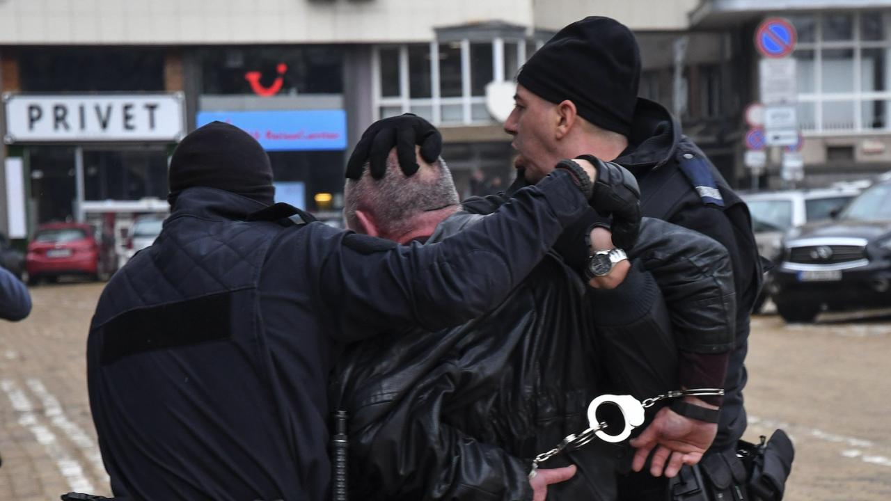 Заловиха мъжа, който стреля днес по жена в София