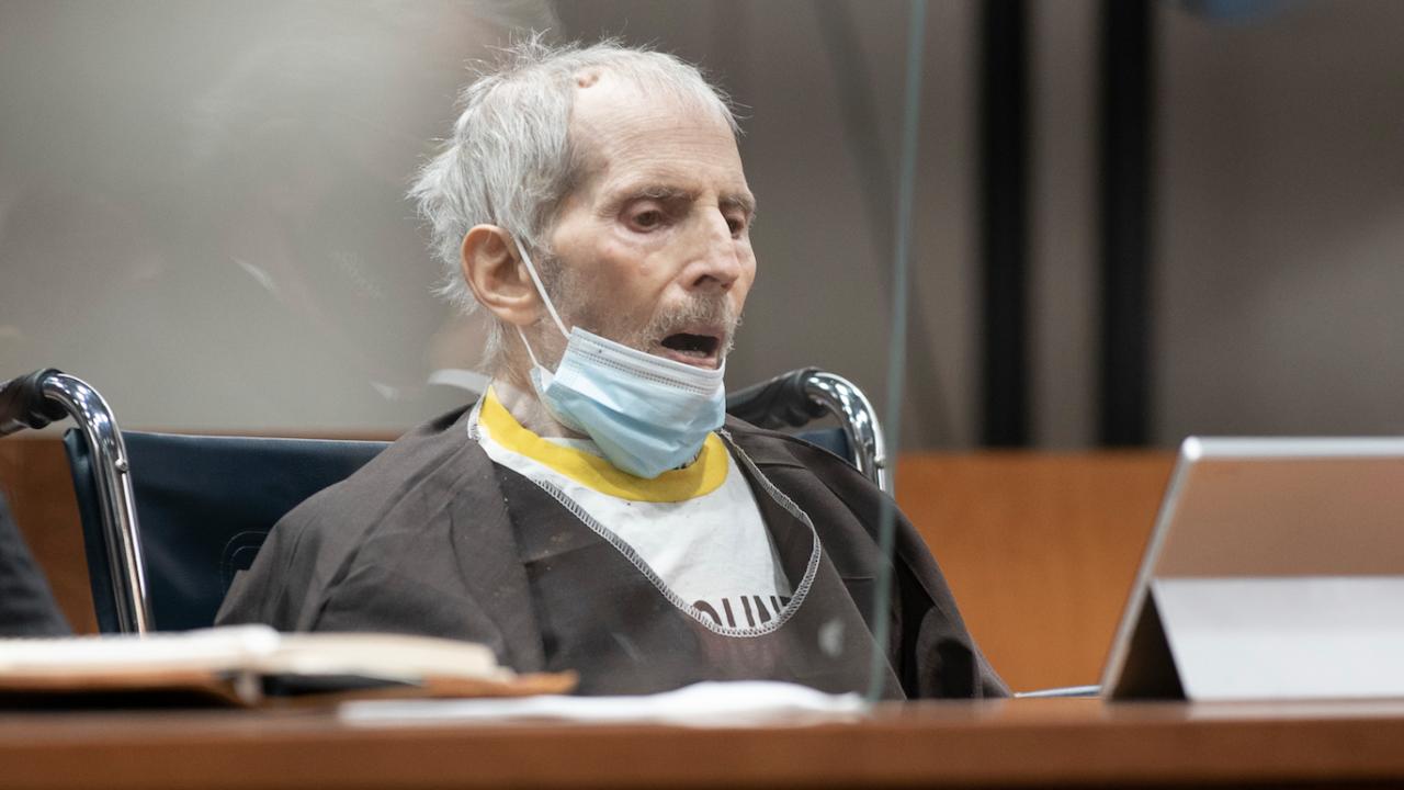 Осъденият на доживотен затвор американски милионер Робърт Дърст е с COVID-19