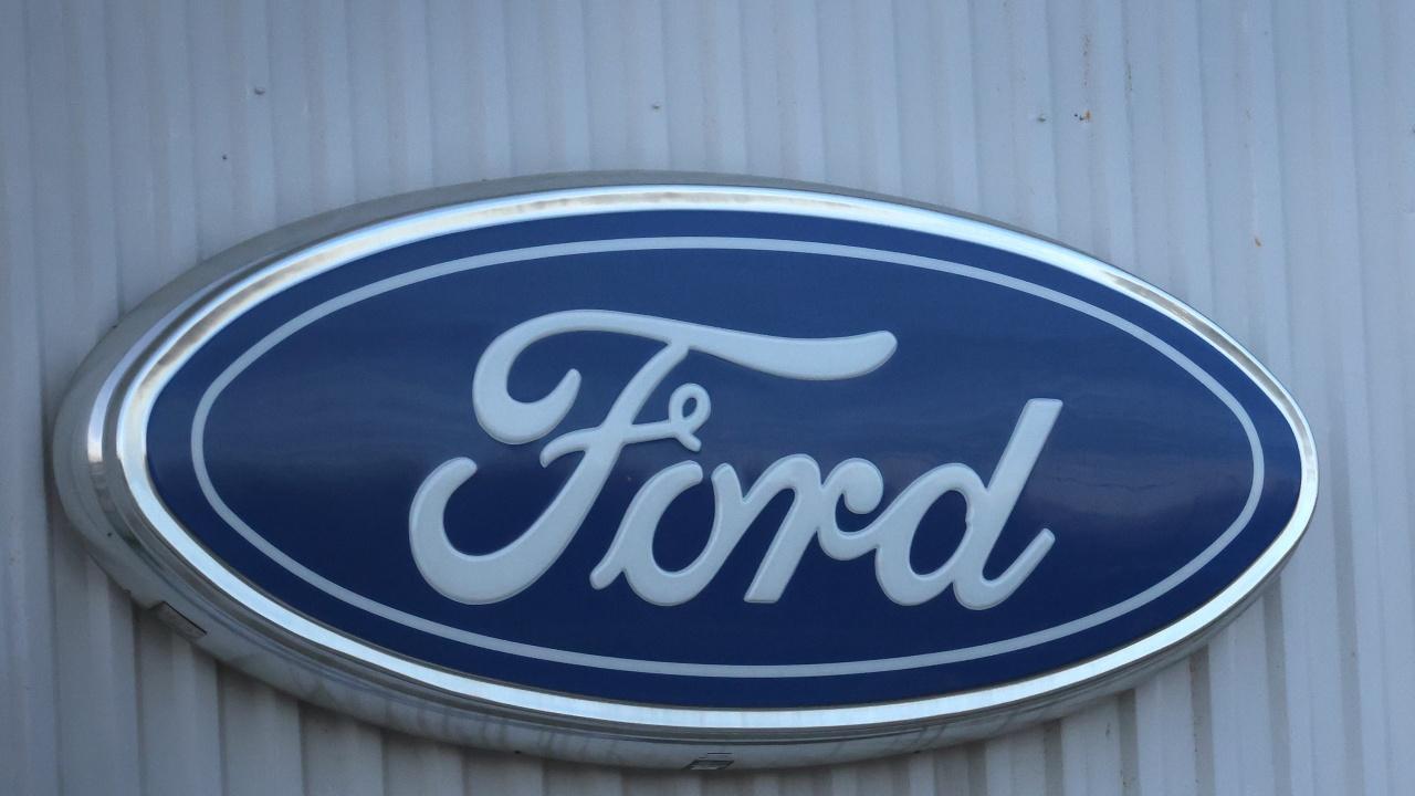 """""""Форд"""" инвестира над 300 млн. долара в британски завод за електромобилни компоненти"""