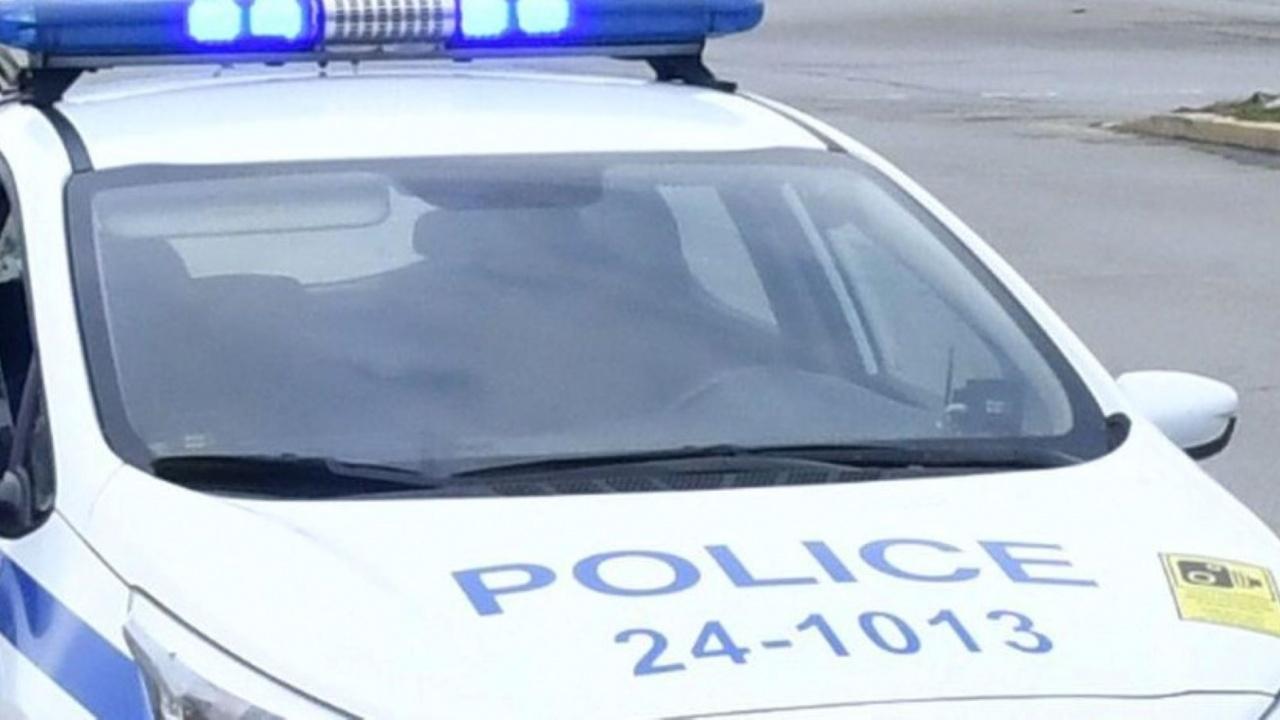 Ограбиха съдийка на спирка в София
