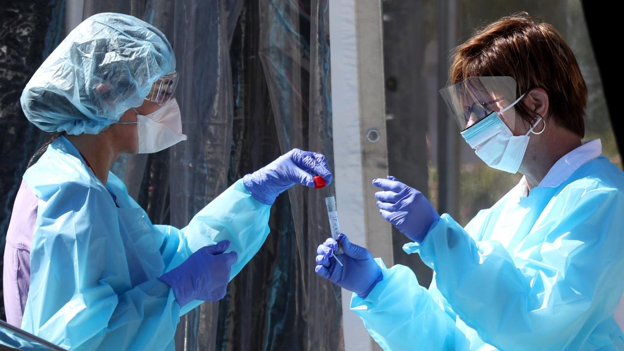 Заразените с коронавирус в Русия надхвърлиха 8 милиона