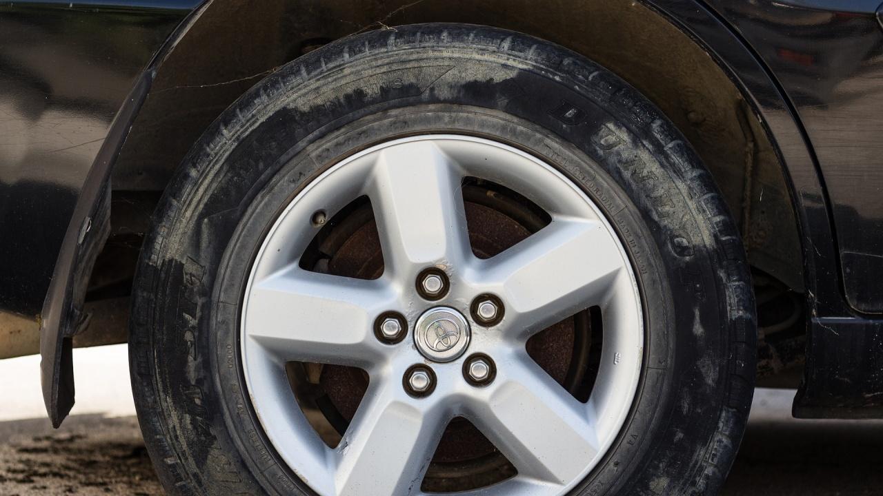 Психичноболен спука гумите на 15 МПС