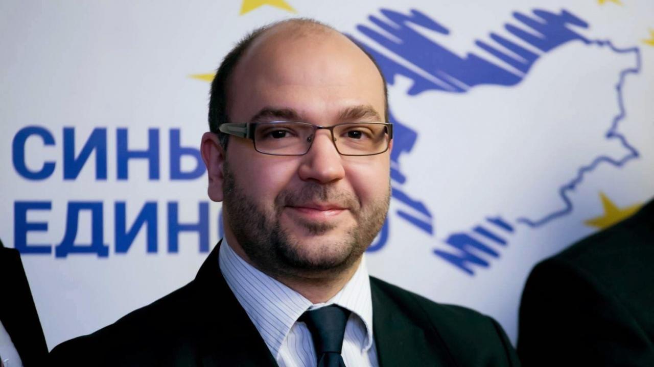 Христо Панчугов пред novini.bg: Протестните партии сами убиха доверието и надеждите на хората към тях