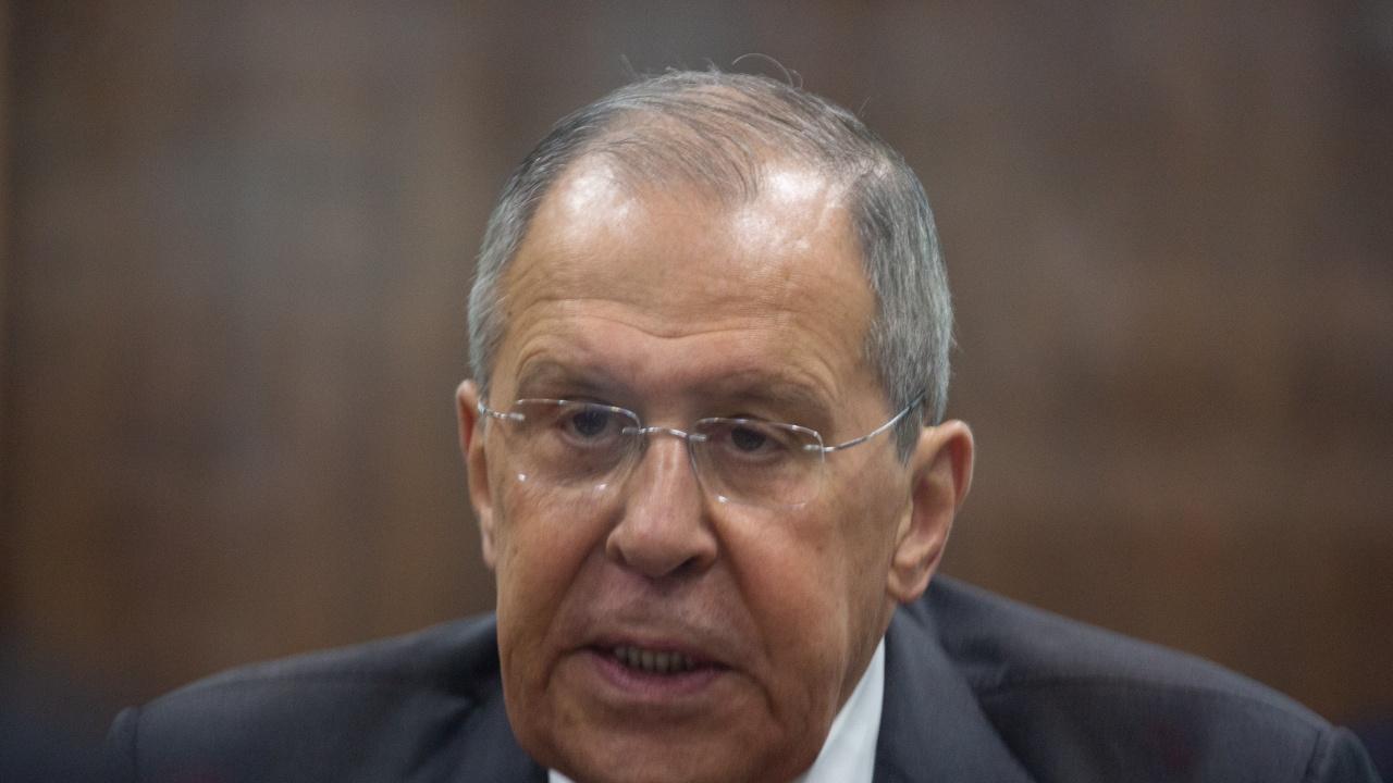 Русия закрива постоянното си представителство в НАТО