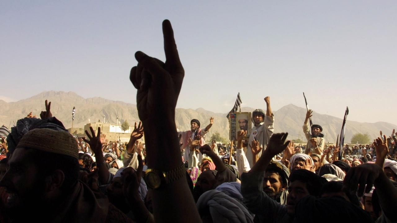 Победата на талибаните в Афганистан окуражава радикалните ислямисти в съседен Пакистан