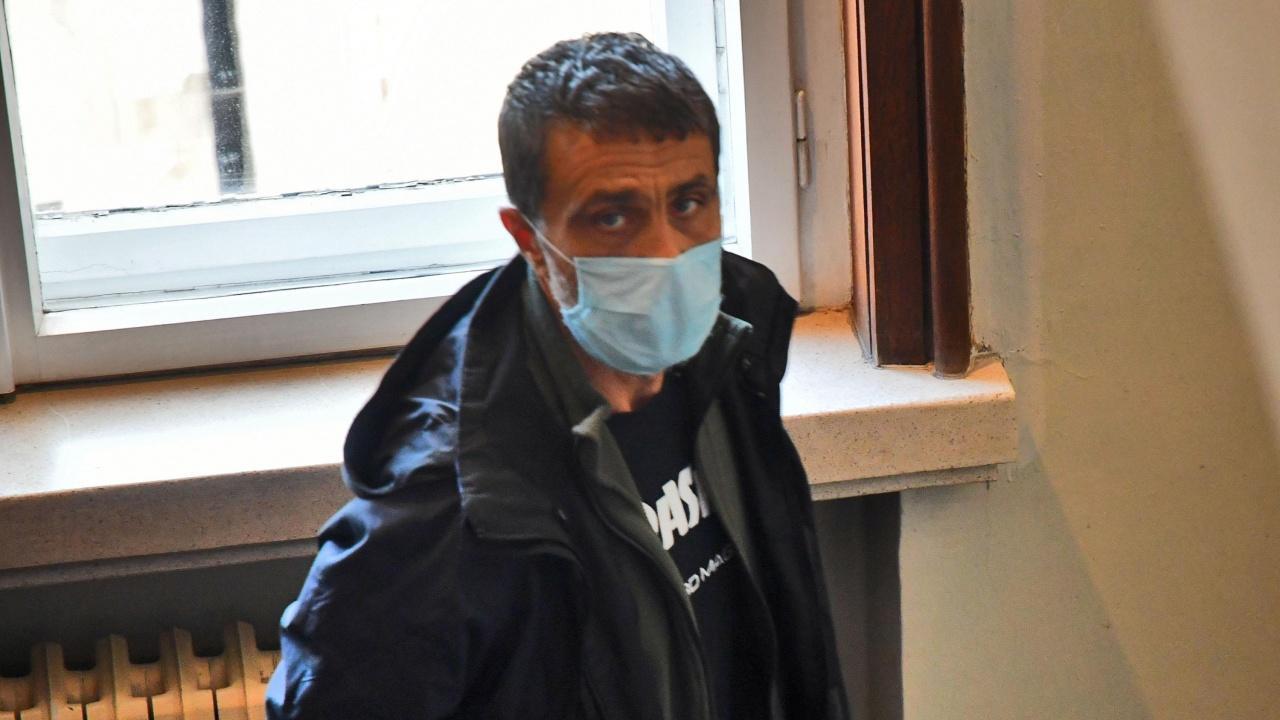 Ето го мъжа, който простреля жена си във фризьорски салон в София