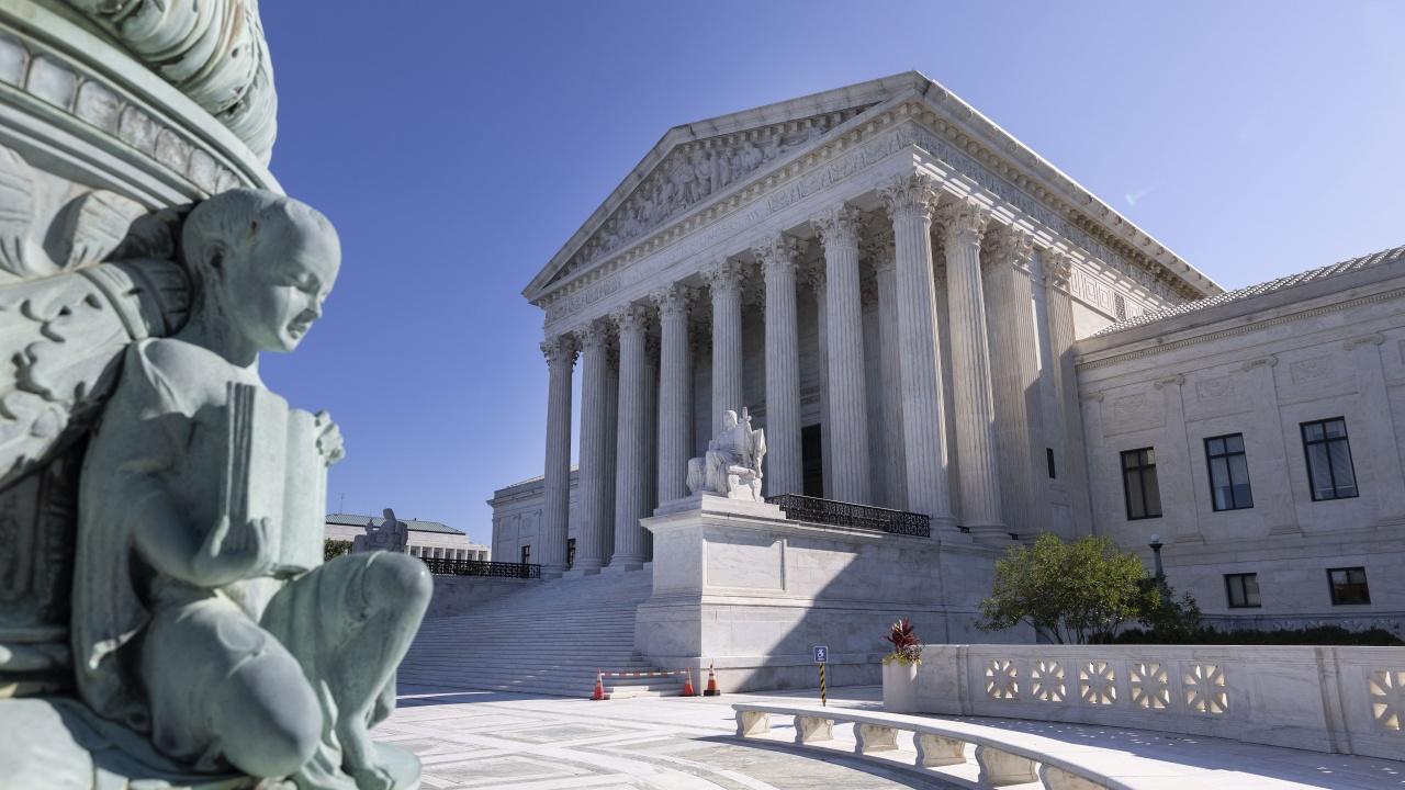 Правителството на Байдън поиска Върховният съд да спре закона за абортите в щата Тексас