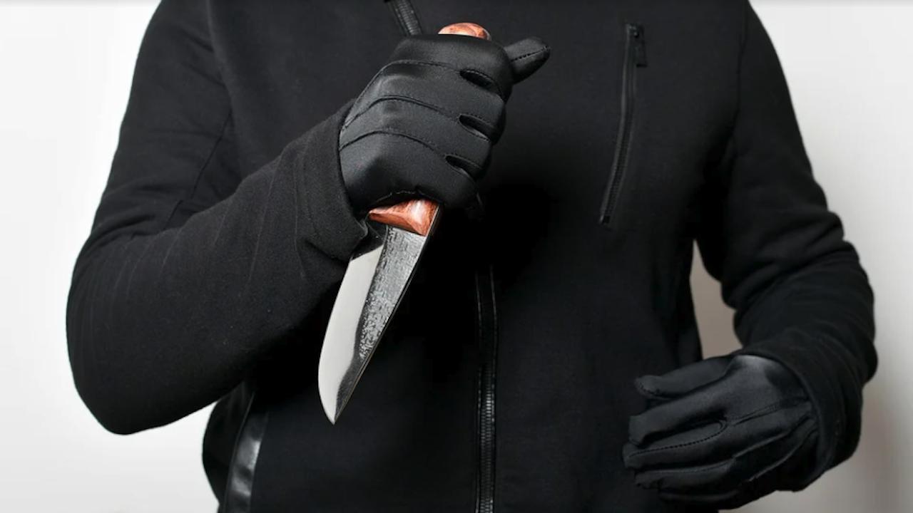 23-годишен намушка трима с нож в Самоков
