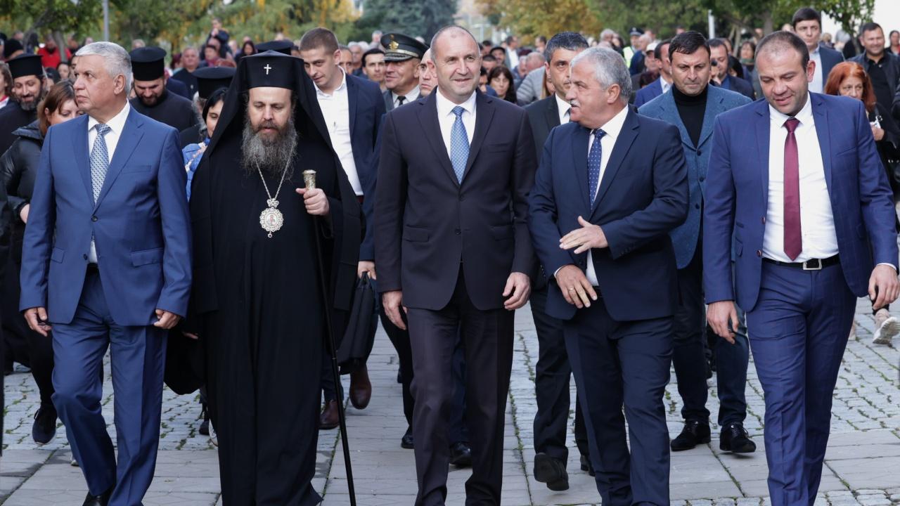 Президентът Радев: 109 години жителите на Гоце Делчев пазят устрема на свободата и развиват традициите на своя край